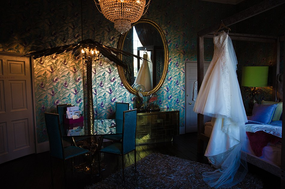 A stunning Aynhoe Park wedding
