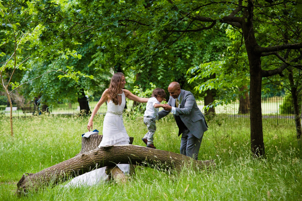 Regents Park wedding photographer